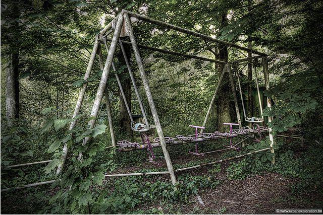 Công viên giải trí lâu đời nhất châu Âu: Vắng bóng người lui tới sau tai nạn khiến 1 bé trai mất cả cánh tay, rồi lặng lẽ đóng cửa và bị bỏ hoang suốt 16 năm qua - Ảnh 12.
