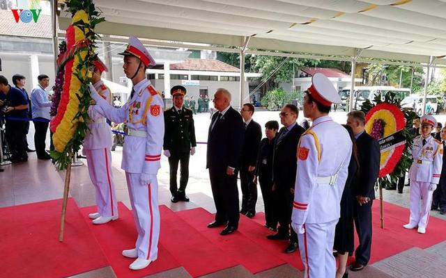 Các đoàn đại biểu quốc tế viếng Chủ tịch nước Trần Đại Quang - Ảnh 16.