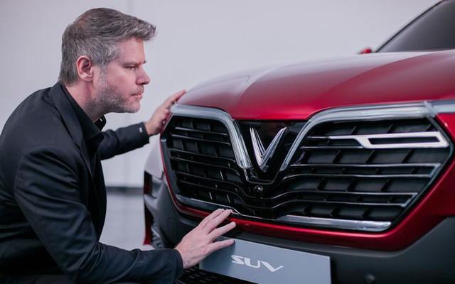 Hé lộ nhiều thông số xe VinFast trước giờ G: Động cơ tăng áp, hộp số 8 cấp, an toàn 5 sao, màn hình 10,5 inch - Ảnh 1.