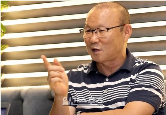 HLV Park Hang-seo bất ngờ dự đoán ngày ĐT Việt Nam dự World Cup khi trả lời báo Hàn Quốc - Ảnh 1.