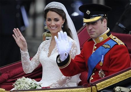 Được phong tước hiệu Công nương xứ Sussex sau hôn lễ Hoàng gia, thế nhưng Meghan Markle hóa ra chưa tới thăm vùng đất này bao giờ - Ảnh 3.