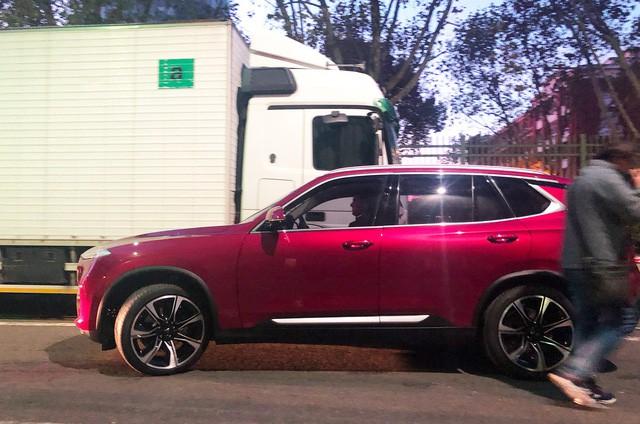Chùm ảnh: Cận cảnh 2 xe VinFast được vận chuyển tới Paris Motor Show 10