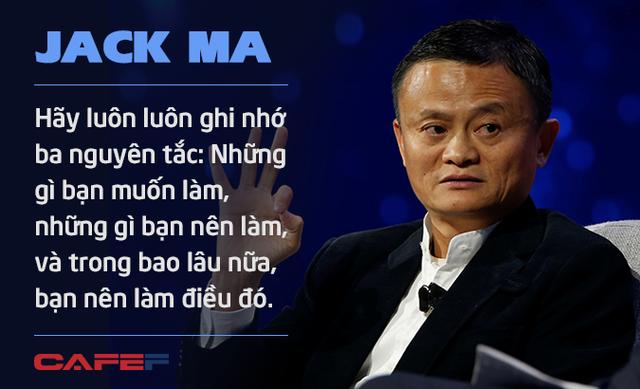 Jack Ma nghỉ hưu ở tuổi 54 vì không muốn chết ở văn phòng: Chúng ta không được sinh ra để dành toàn bộ thời gian cho công việc mà để tận hưởng cuộc sống và giúp những người khác tốt lên - Ảnh 7.