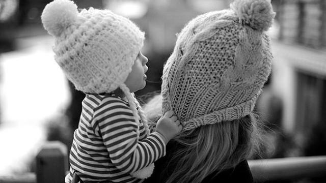 Tình yêu kiểu bao bọc thường tạo ra những con người vô ơn: Cách thương yêu đúng đắn nhất là nên bớt yêu đi - Ảnh 1.