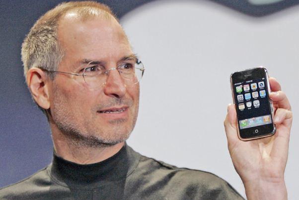 """Apple liên tục """"tự bắn vào chân"""" dưới thời CEO Tim Cook - Ảnh 2."""