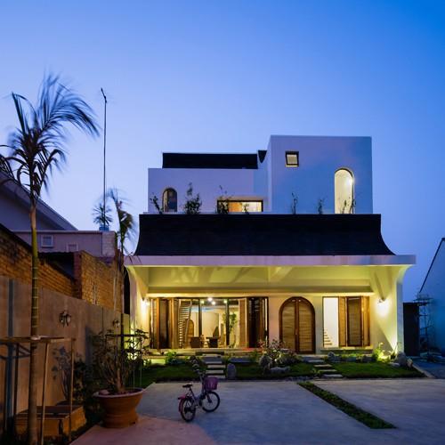 photo 1 1516074639400 - Ngắm vẻ đẹp hoài cổ của căn nhà 2 tầng ở Bình Dương tuyệt đẹp