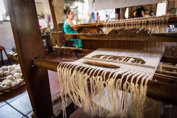 Truyền thuyết về lụa biển - thứ vải vóc hiếm bậc nhất thế giới sắp biến mất khi chỉ còn một truyền nhân cuối cùng - Ảnh 12.