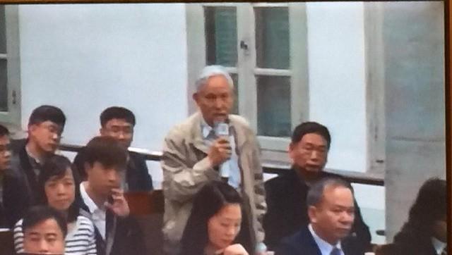 Xét xử ông Đinh La Thăng, Trịnh Xuân Thanh và đồng phạm: Các bị cáo được đưa trở lại phòng xử  - Ảnh 3.