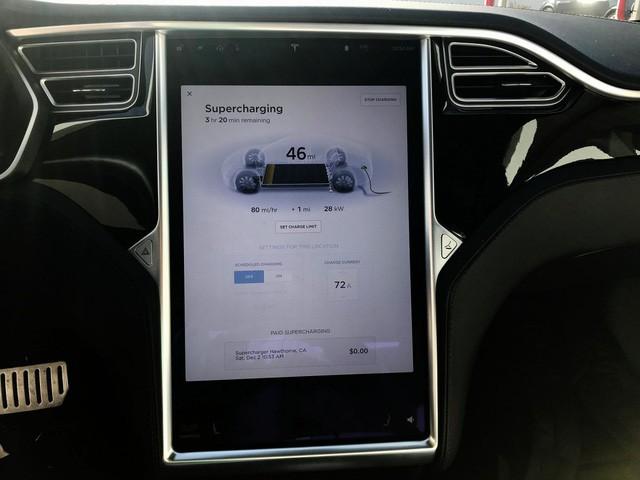 Trạm sạc xe điện sang chảnh của Tesla - Ảnh 3.