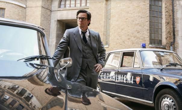Điểm mặt dàn diễn viên đình đám đồng hành cùng Mark Wahlberg trong Phi Vụ Triệu Đô - Ảnh 4.