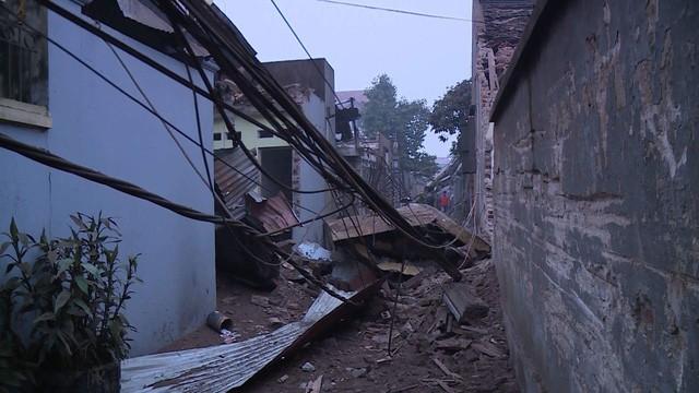 Nổ kinh hoàng ở Bắc Ninh lúc rạng sáng khiến 2 cháu bé tử vong, hàng chục ngôi nhà bị san phẳng - Ảnh 5.