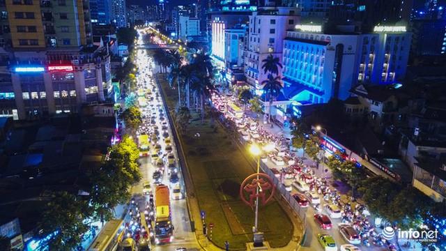 Xén dải phân cách mở rộng 4 làn xe, Nguyễn Chí Thanh hết danh là đường đẹp nhất - Ảnh 5.
