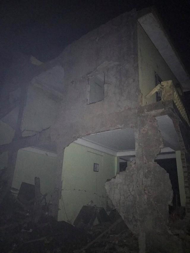 Nổ kinh hoàng ở Bắc Ninh lúc rạng sáng khiến 2 cháu bé tử vong, hàng chục ngôi nhà bị san phẳng - Ảnh 6.