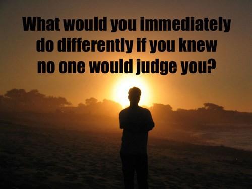 Sống một năm lặp lại 79 lần và gọi đó là cuộc đời: 18 câu hỏi đơn giản bạn cần trả lời ngay để có một năm mới khác biệt! - Ảnh 9.
