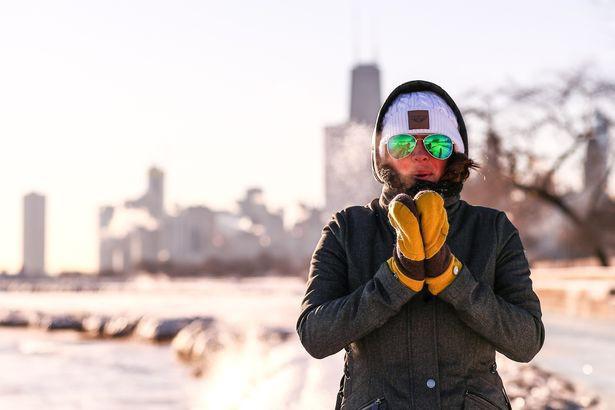 Câu chuyện 2 bán cầu: sông Chicago, Mỹ đóng băng dưới cái lạnh -50 độ C, Sydney nắng nóng kỷ lục 47 độ C, cao nhất 79 năm qua - Ảnh 8.