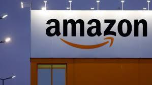 Cách Jeff Bezos tạo ra đế chế Amazon chi phối phân khúc sách 5 tỷ USD: Đối xử có đối tác như báo săn mồi, tạo luật rừng ép chết một số doanh nghiệp nhỏ - Ảnh 1.