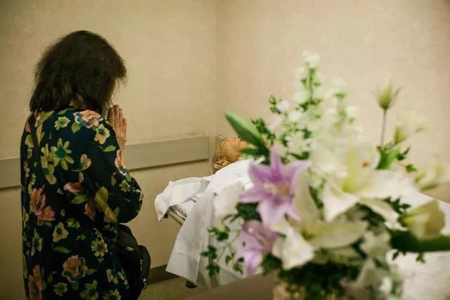 3 năm, 33 bức ảnh, nhiếp ảnh gia ghi lại quá trình trước khi cha từ giã cõi đời vì ung thư: Đừng để người thân một mình chống chọi - Ảnh 26.
