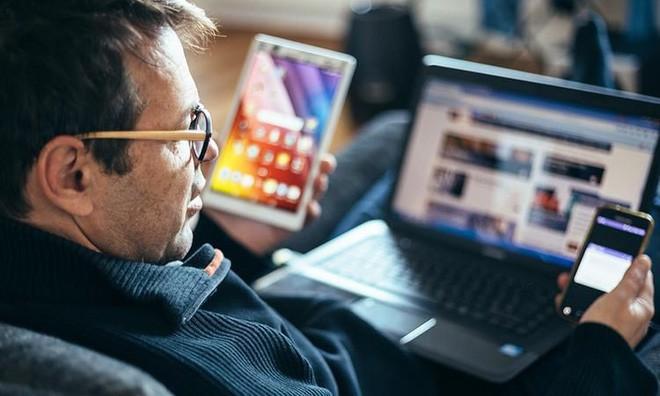 media multitasking - photo 1 15463963492961022404342 - Media multitasking là gì? Nó có tốt cho não bộ của bạn hay không?