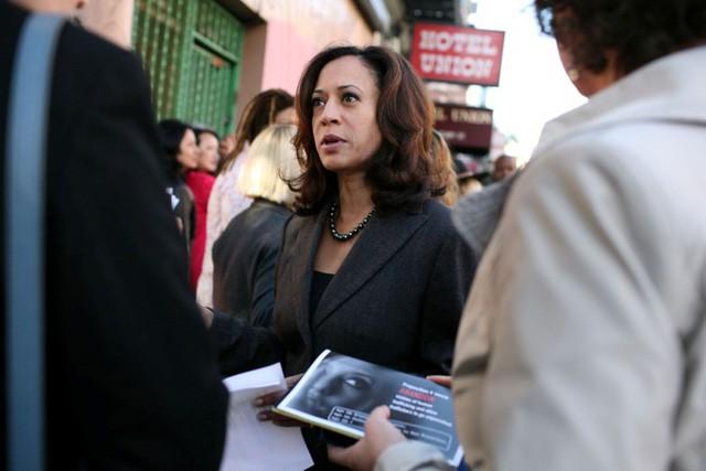 Chân dung người phụ nữ gốc Phi đầu tiên tranh cử Tổng thống Mỹ năm 2020 - Ảnh 1.