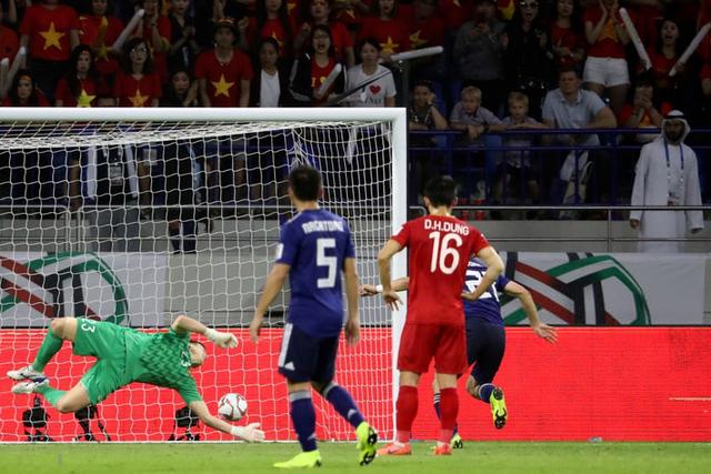 asian cup 2019 - photo 4 15483443694961299621153 - Đá một trận để đời, đội tuyển Việt Nam khiến Nhật Bản toát mồ hôi vào bán kết