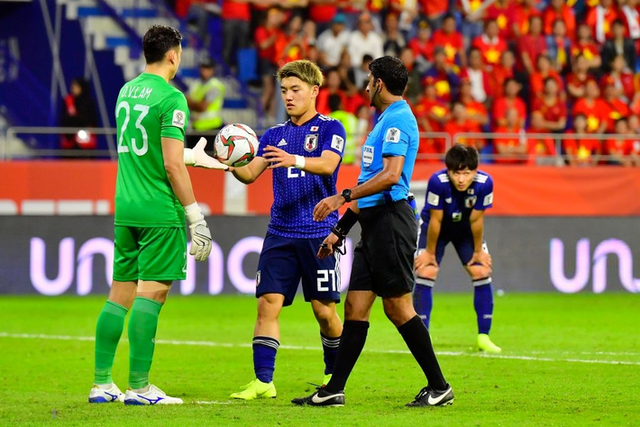 asian cup 2019 - photo 8 15483443695011155839479 - Đá một trận để đời, đội tuyển Việt Nam khiến Nhật Bản toát mồ hôi vào bán kết