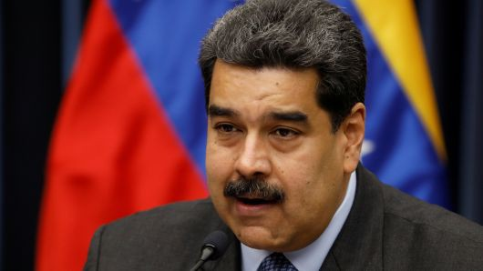 Venezuela giữa thời kì đen tối nhất: Những người cầm súng nắm giữ vận mệnh đất nước? - Ảnh 1.