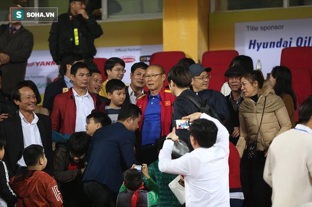 HLV Park Hang-seo kêu cứu nhưng Việt Nam vẫn cần ông chữa nốt tâm bệnh cuối cùng - Ảnh 2.