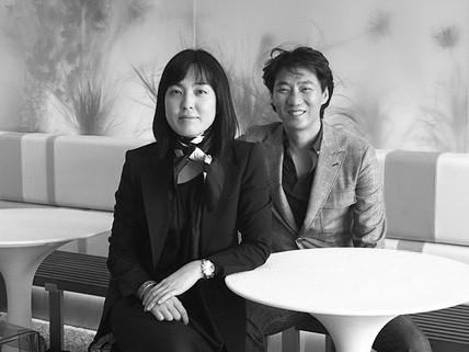 """Forever 21: """"Giấc mơ Mỹ"""" của đôi vợ chồng người Hàn từ bàn tay trắng tạo dựng đế chế thời trang nổi tiếng, trở thành tỷ phú đáng ngưỡng mộ - Ảnh 1."""