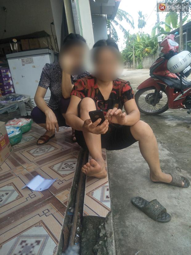 Hà Nội: Nhân chứng kể lại giây phút kinh hoàng khi nam thanh niên điên cuồng dùng hung khí đánh tử vong cụ ông gần 70 tuổi - Ảnh 2.