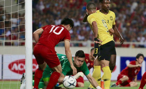 [Vòng loại World Cup 2022] Việt Nam 1-0 Malaysia (H2): Quang Hải lập siêu phẩm ngả người volley - Ảnh 16.