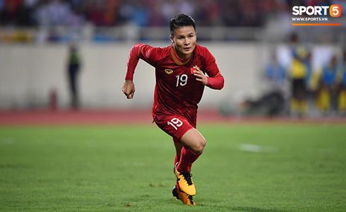 [Vòng loại World Cup 2022] Việt Nam 1-0 Malaysia (H2): Quang Hải lập siêu phẩm ngả người volley - Ảnh 5.
