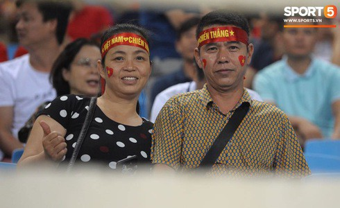 [Vòng loại World Cup 2022] Việt Nam 1-0 Malaysia (H2): Quang Hải lập siêu phẩm ngả người volley - Ảnh 48.