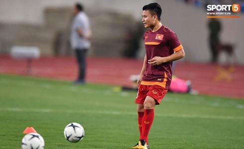 [Vòng loại World Cup 2022] Việt Nam 1-0 Malaysia (H2): Quang Hải lập siêu phẩm ngả người volley - Ảnh 55.