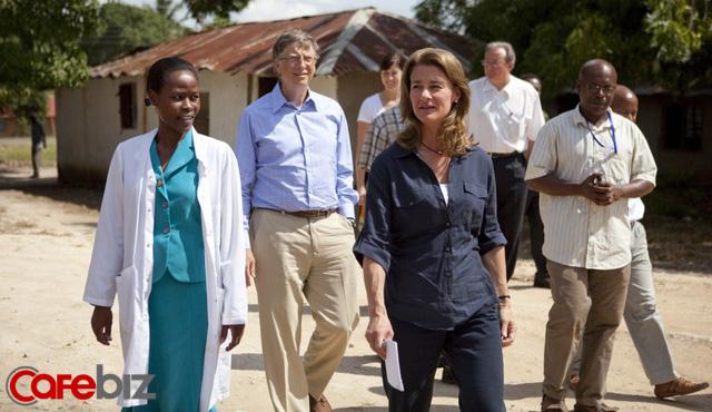 Bill Gates – vị tỷ phú 'nghiện vợ': Nhận rửa bát, đưa đón con, nếu chẳng may bị xe bus đâm và qua đời, chỉ muốn nói 1 câu duy nhất Cảm ơn em, Melinda! - Ảnh 1.