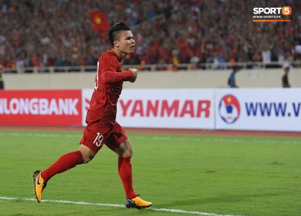 Không chỉ ghi bàn giúp Việt Nam thắng Malaysia, Quang Hải còn khiến đội bạn nể phục bởi hành động rất đẹp này - Ảnh 5.