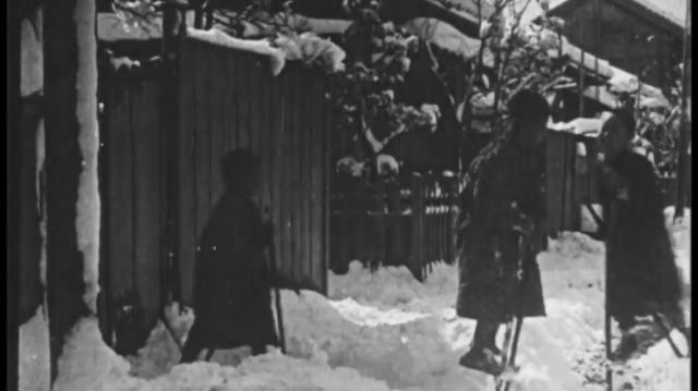 Đoạn video cực hiếm cho thấy cuộc sống tại Tokyo, Nhật Bản hơn 100 năm trước diễn ra như thế nào - Ảnh 2.