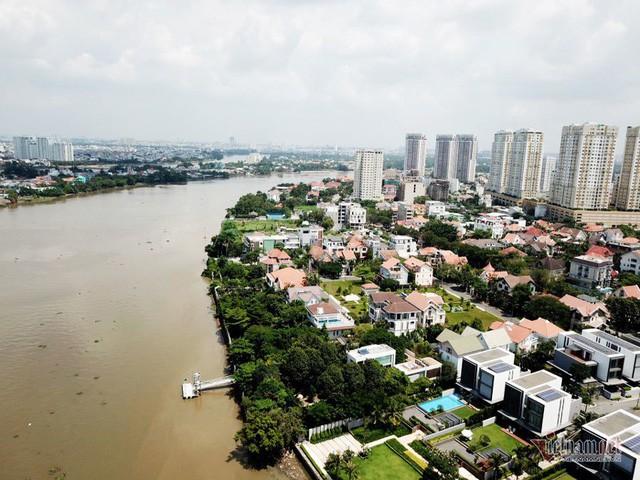 Bất chấp kẹt xe, ngập nước, khu nhà giàu Thảo Điền vẫn ken đặc dự án BĐS - Ảnh 1.