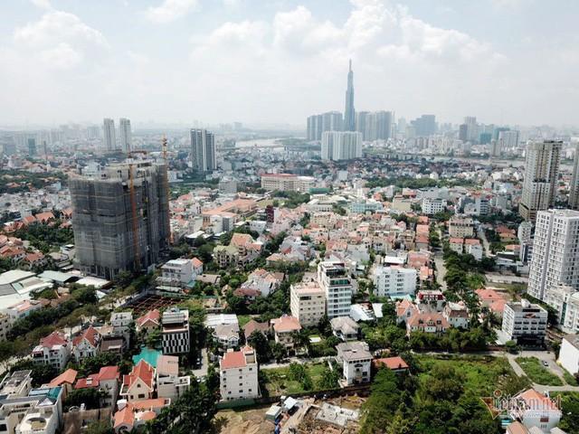 Bất chấp kẹt xe, ngập nước, khu nhà giàu Thảo Điền vẫn ken đặc dự án BĐS - Ảnh 2.
