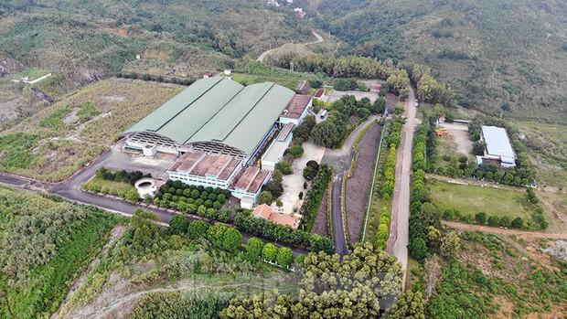 Toàn cảnh nhà máy nước sông Đà, nơi nguồn nước sạch cho Thủ đô đang bị đe dọa - Ảnh 1.