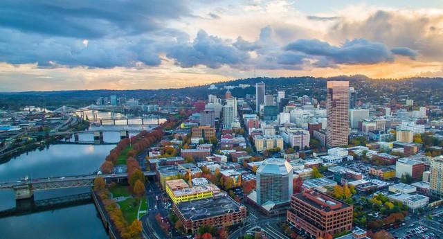 Lương bao nhiêu mua được nhà ở thành phố lớn tại Mỹ? - Ảnh 1.