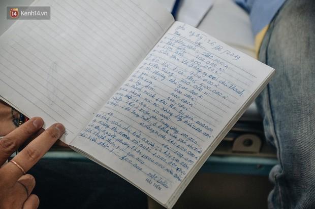 Cuốn sổ tạ ơn đời của ông bố dân tộc địu con trai lên Hà Nội mong thoát cảnh người vượn chưa kịp tiến hóa - Ảnh 4.