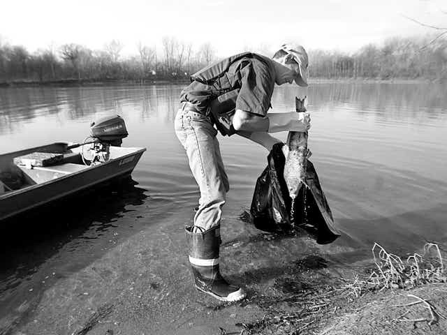Rùng mình những vụ xả thải gây ô nhiễm nước trên thế giới - Ảnh 6.