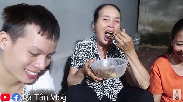 Loạt món ăn tạo phốt của bà Tân Vlog: Từ quảng cáo quá đà, nấu nướng vô lý đến thiếu tính giáo dục, liệu có phải là báo hiệu cho sự thoái trào? - Ảnh 18.