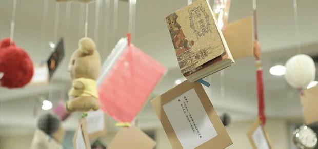 Bảo tàng thất tình với 1000 kỷ vật cùng 100 chuyện tình tan vỡ ghi dấu thanh xuân bồng bột, cho thấy ai cũng có một thời tuổi trẻ buồn cười - Ảnh 4.