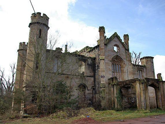 5 biệt thự bỏ hoang có giá triệu USD - Ảnh 10.