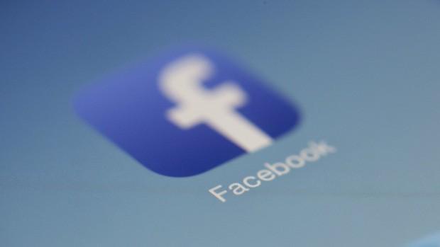 News Feed của Facebook sắp có thay đổi mới: Thêm tab chuyên về tin hot nóng hổi cho mọi nhà - Ảnh 1.