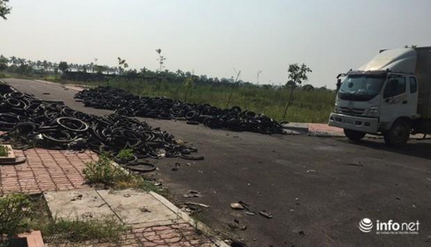 Vụ đổ dầu thải tại Nhà máy nước sông Đà: Hé lộ một chiếc ôtô con dẫn đường cho xe tải - Ảnh 7.