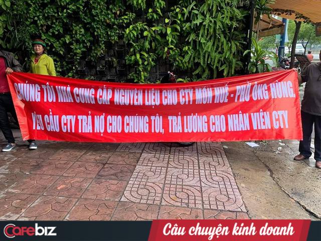 Bất ngờ: Trước khi khai tử một loạt cửa hàng Món Huế và bị tố quỵt nợ hàng chục nhà cung cấp, Huy Việt Nam thay đại diện pháp luật, hiện website không thể truy cập - Ảnh 2.