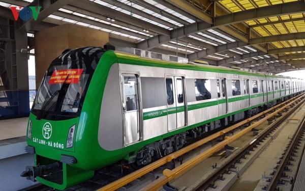 Đường sắt đô thị chậm tiến độ đội vốn nhưng vẫn được đề xuất đầu tư - Ảnh 1.