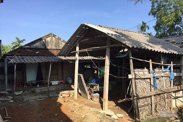 Ông bà 90 tuổi ở Hà Tĩnh xin thoát nghèo cho con cháu phấn khởi - Ảnh 2.